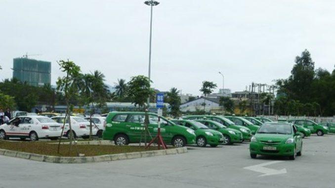 Xe taxi tại sân bay Đà Nẵng