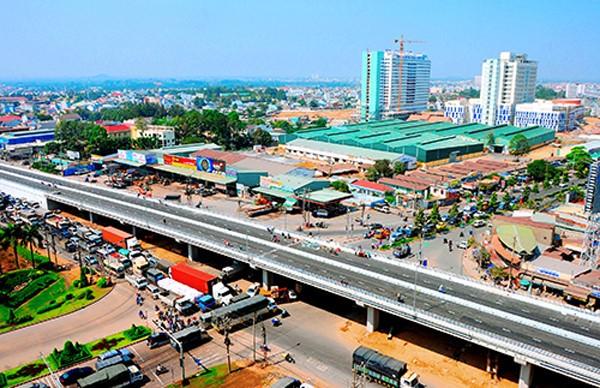 Xe đưa đón sân bay Tân Sơn Nhất đi Biên Hòa