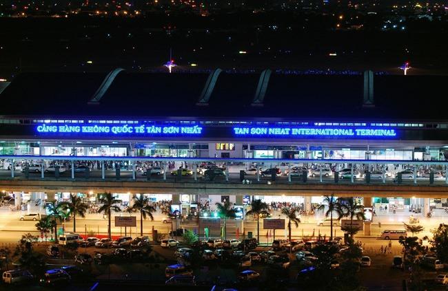 XE đưa đón sân bay Tân Sơn Nhất đi quận 3