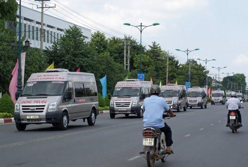 Xe đưa đón sân bay Tân Sơn Nhất đi Tây Ninh