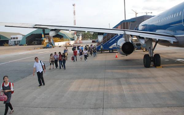 Xe đưa đón sân bay Tân Sơn Nhất đi quận Phú Nhuận