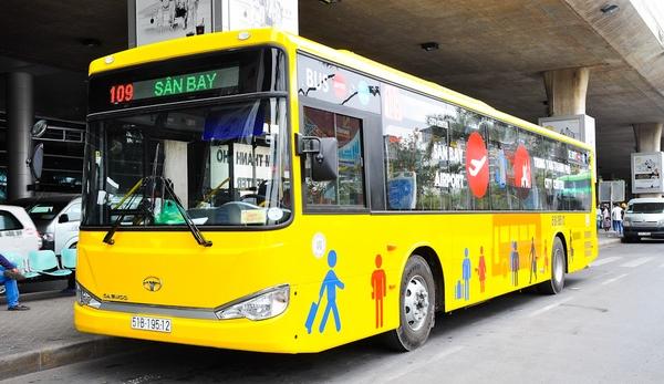 Xe đưa đón khách bay Hà Nội đi Sài Gòn